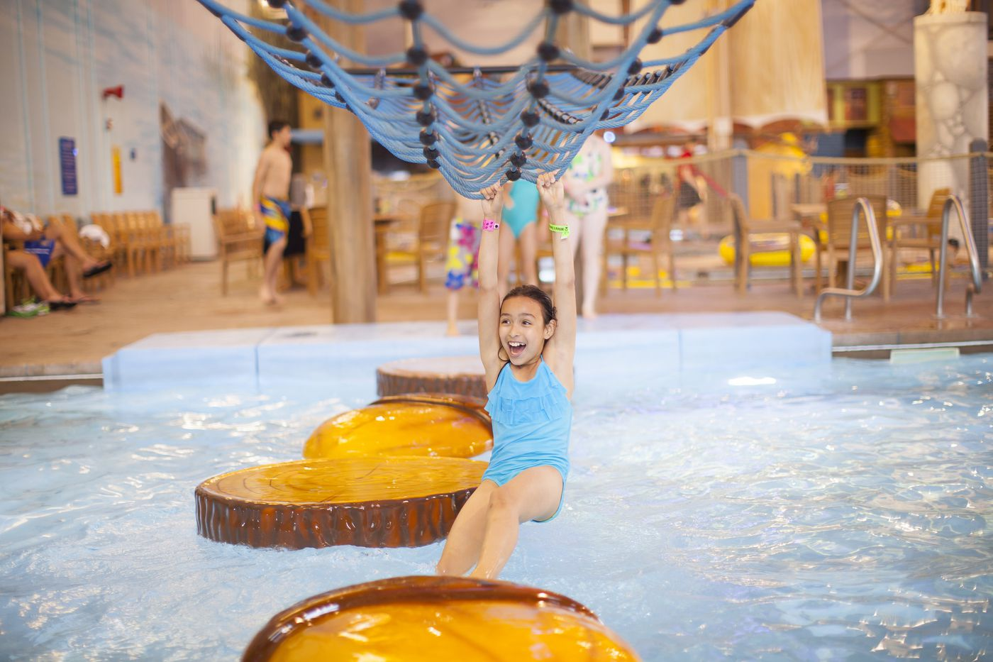 Great Wolf Lodge to ban plastic straws