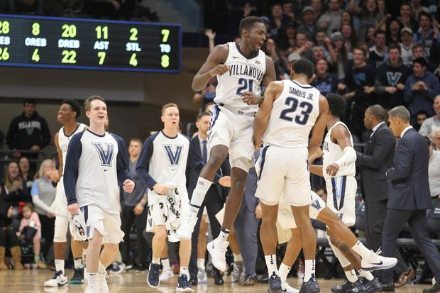 Villanova survives a poor shooting night, rallies past Temple