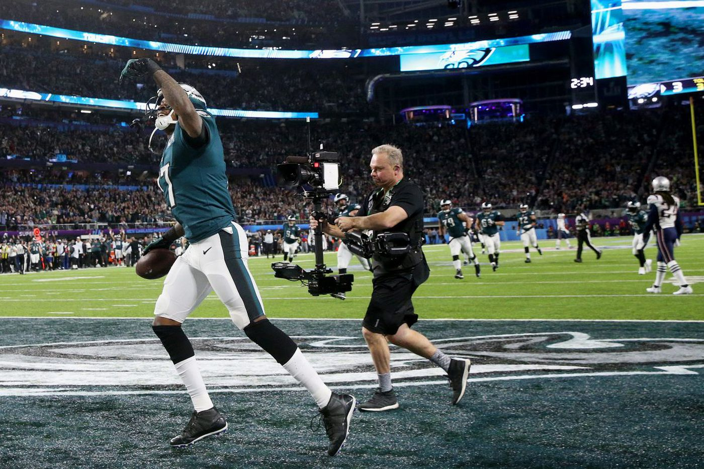 Alshon Jeffery overcomes modest beginnings, shines for Eagles on grandest stage | Mike Sielski