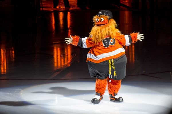It Gritty's birthday: Flyers mascot, Philly's orange id, turns 1