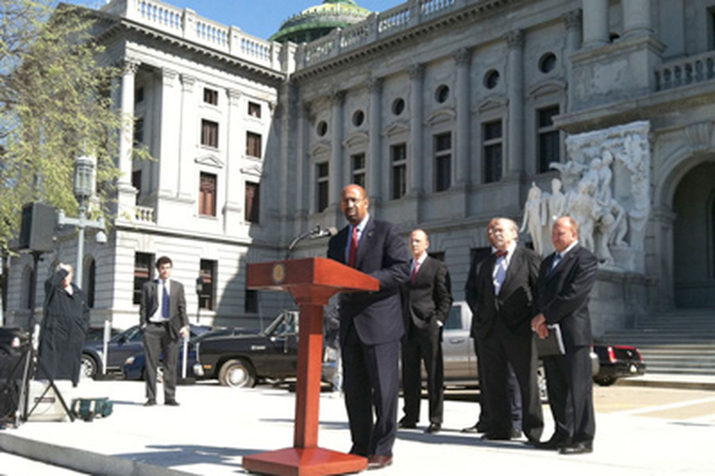 Nutter joins mayors in Harrisburg to garner support for local gun laws