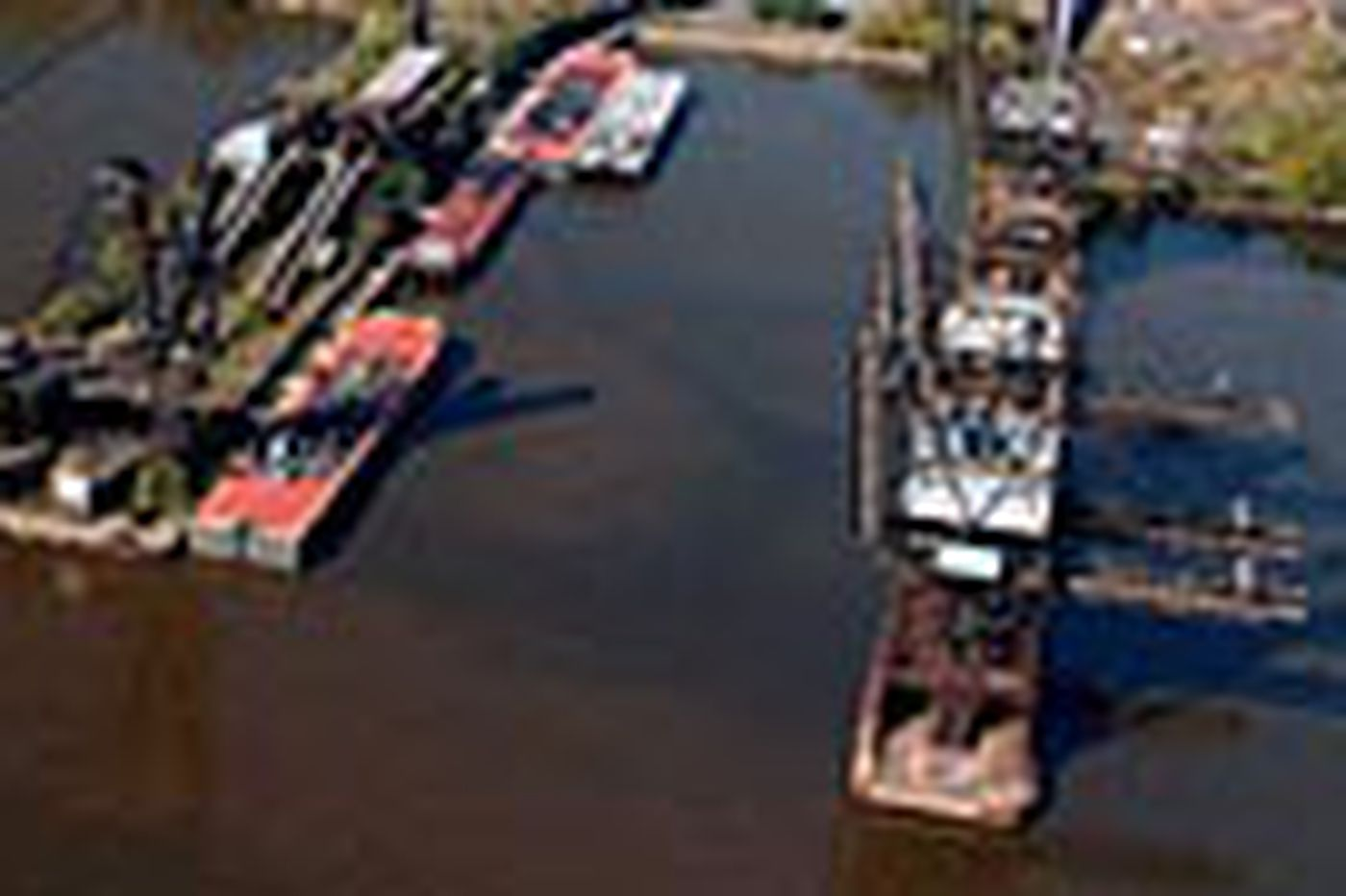 Senate panel approves Southport terminal deal