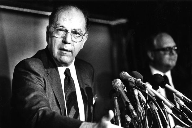 Lyndon LaRouche Jr., conspiracy theorist and presidential candidate, dies at 96