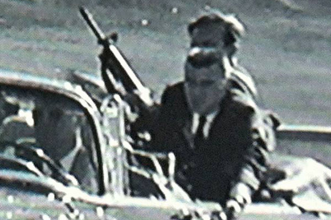 83e738e82bff5 Shooting holes in theory that a Secret Service agent killed President  Kennedy