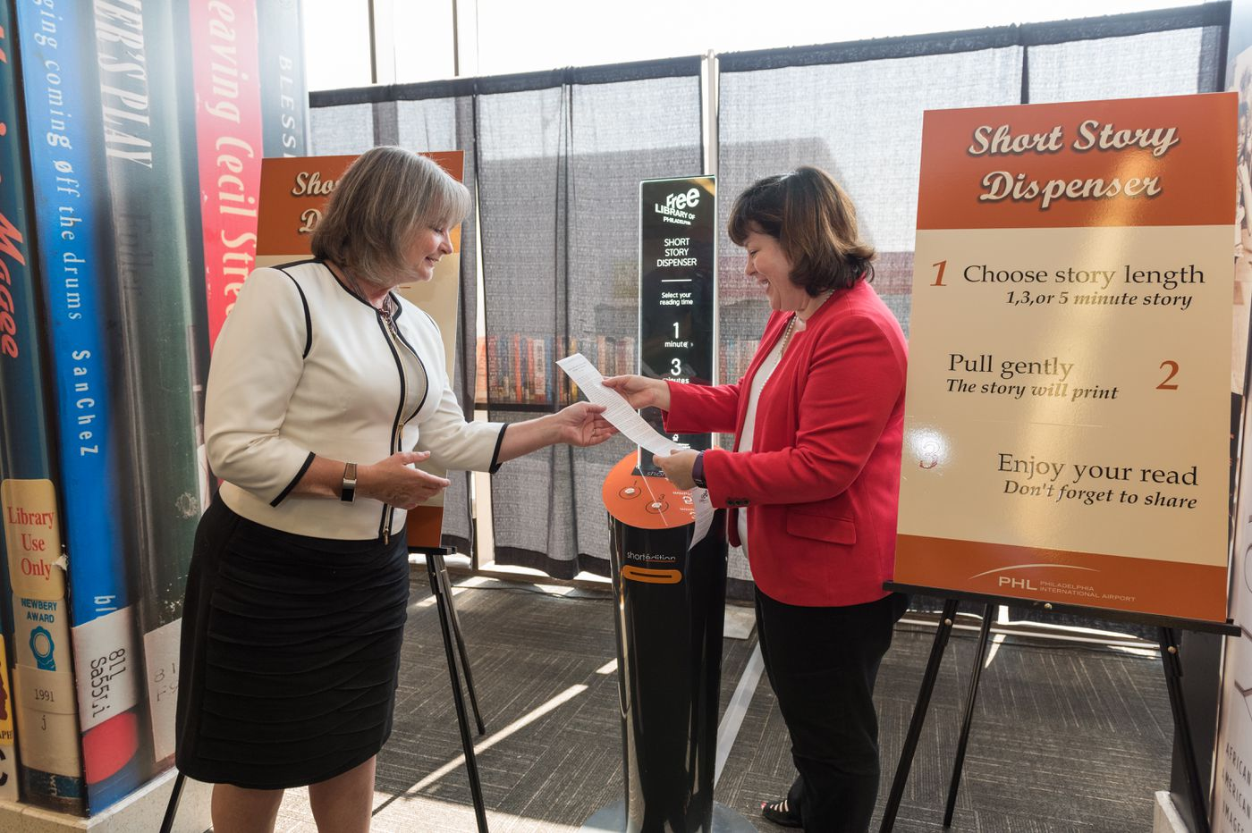 Short Story Dispenser unveiled at Philadelphia International Airport