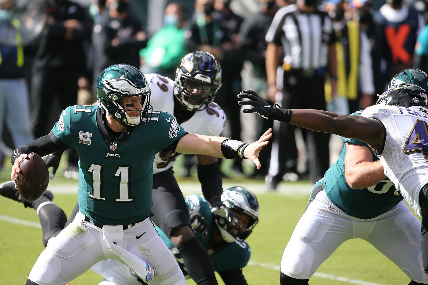 At the NFL trade deadline, the Eagles must protect Carson Wentz and target the offensive line | David Murphy