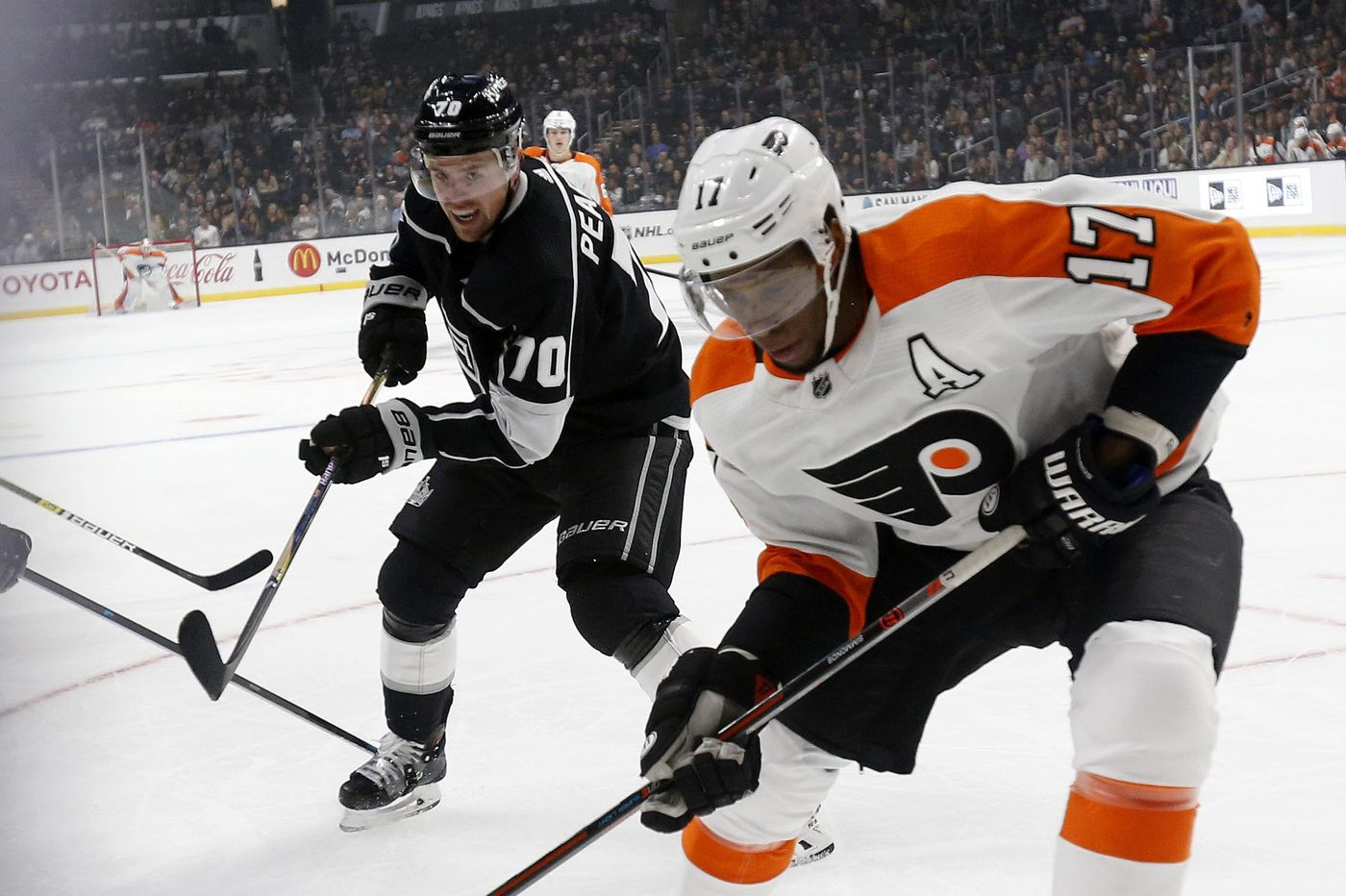 Flyers' West Coast road trip kicks off first winning streak of season