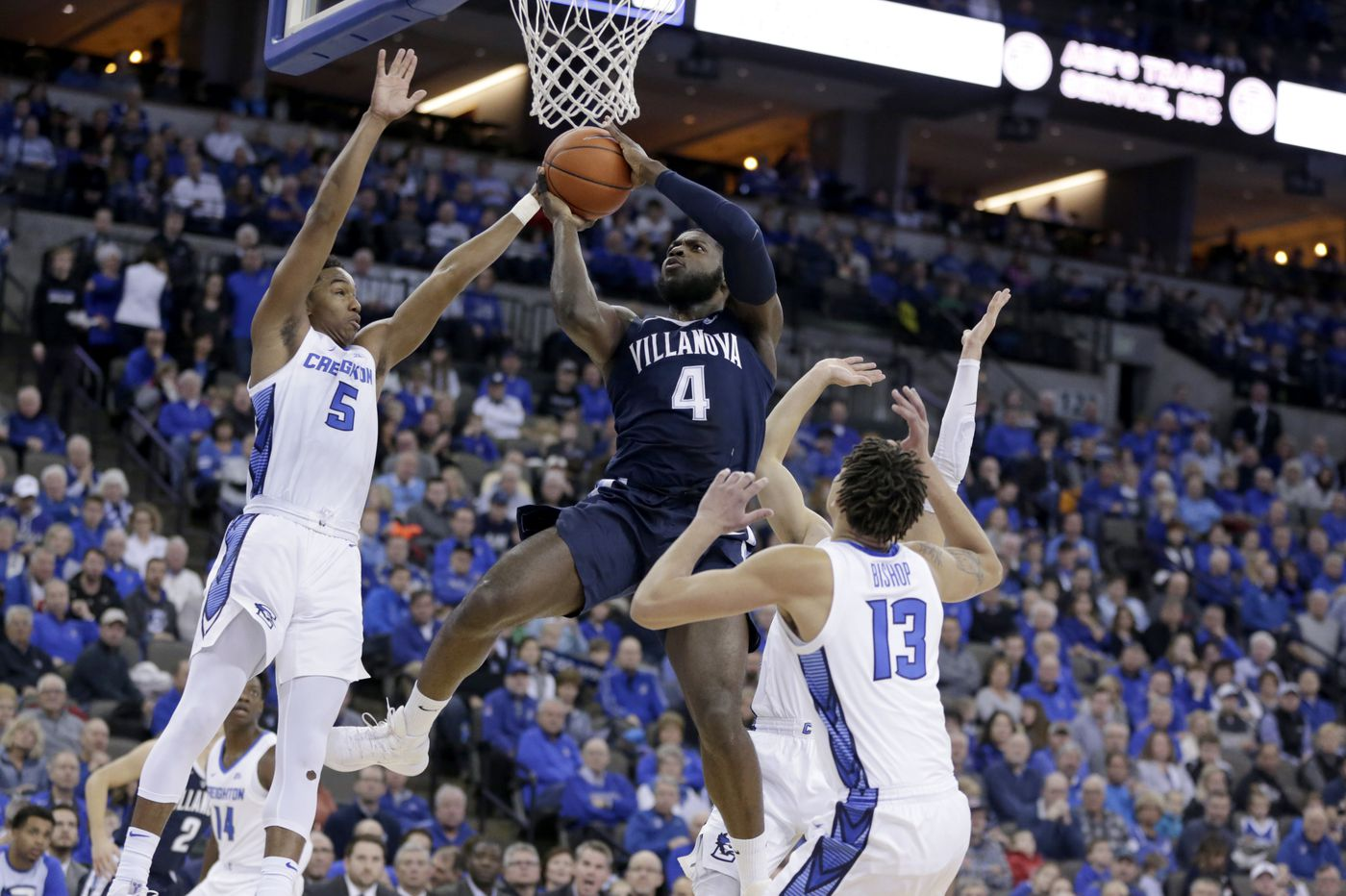 Villanova returns to AP basketball top 25; Temple gets votes after upset win