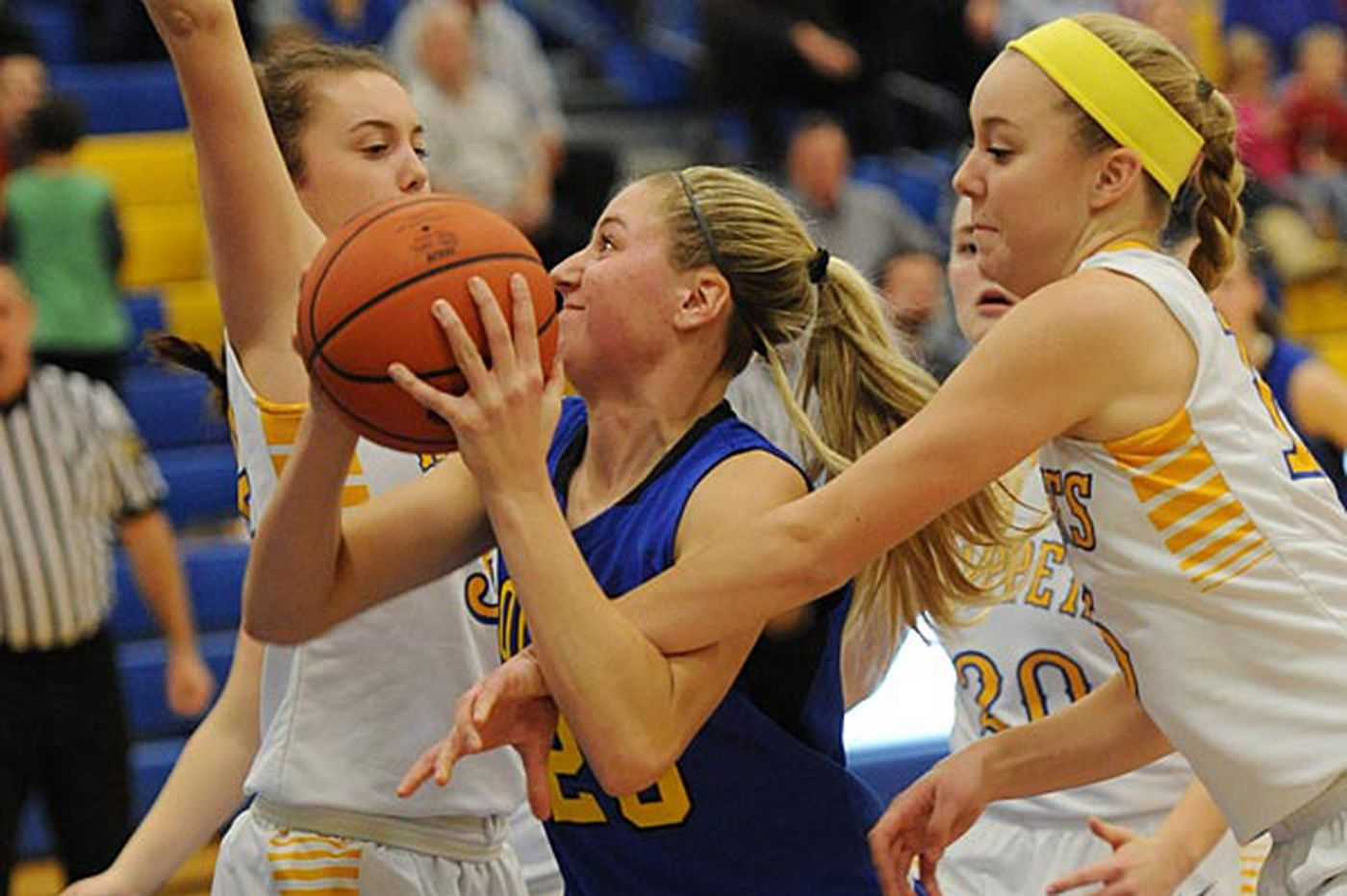 Warfel carries Downingtown East past Downingtown West