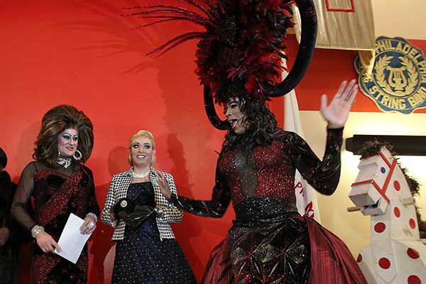 Drag queens, kings to strut their stuff with Mummers