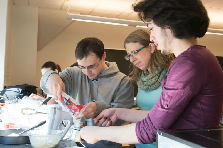 """At Muhlenberg College, Keri Colabroy (right) teaches chemistry and biology in her class """"The Science of Cooking."""" She has written a book by the same title."""