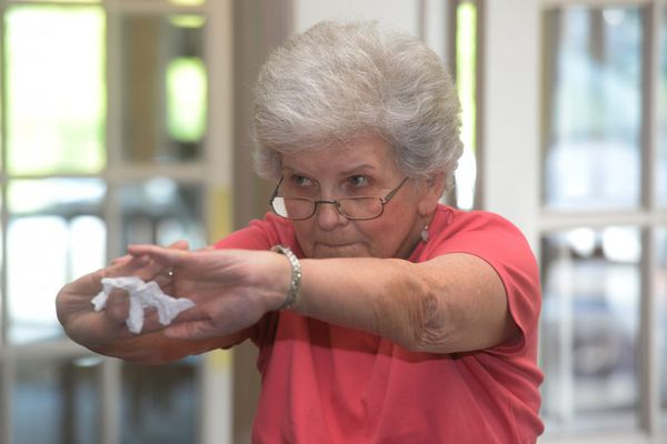 This fun, simple exercise plan shapes up seniors. Could it save their bones?