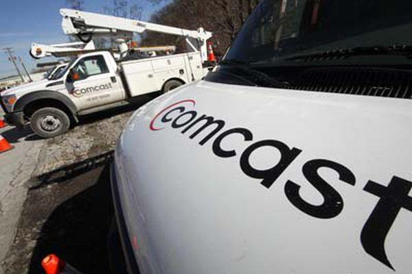 Comcast reports jump in profits, revenues