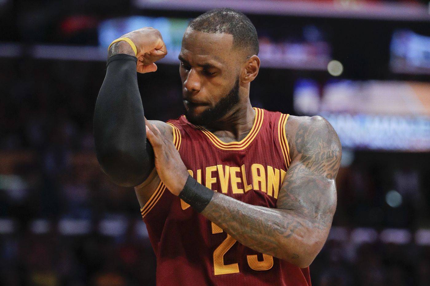 Sixers can trade for Kawhi Leonard? Apparently, LeBron James doesn't think so | Bob Ford