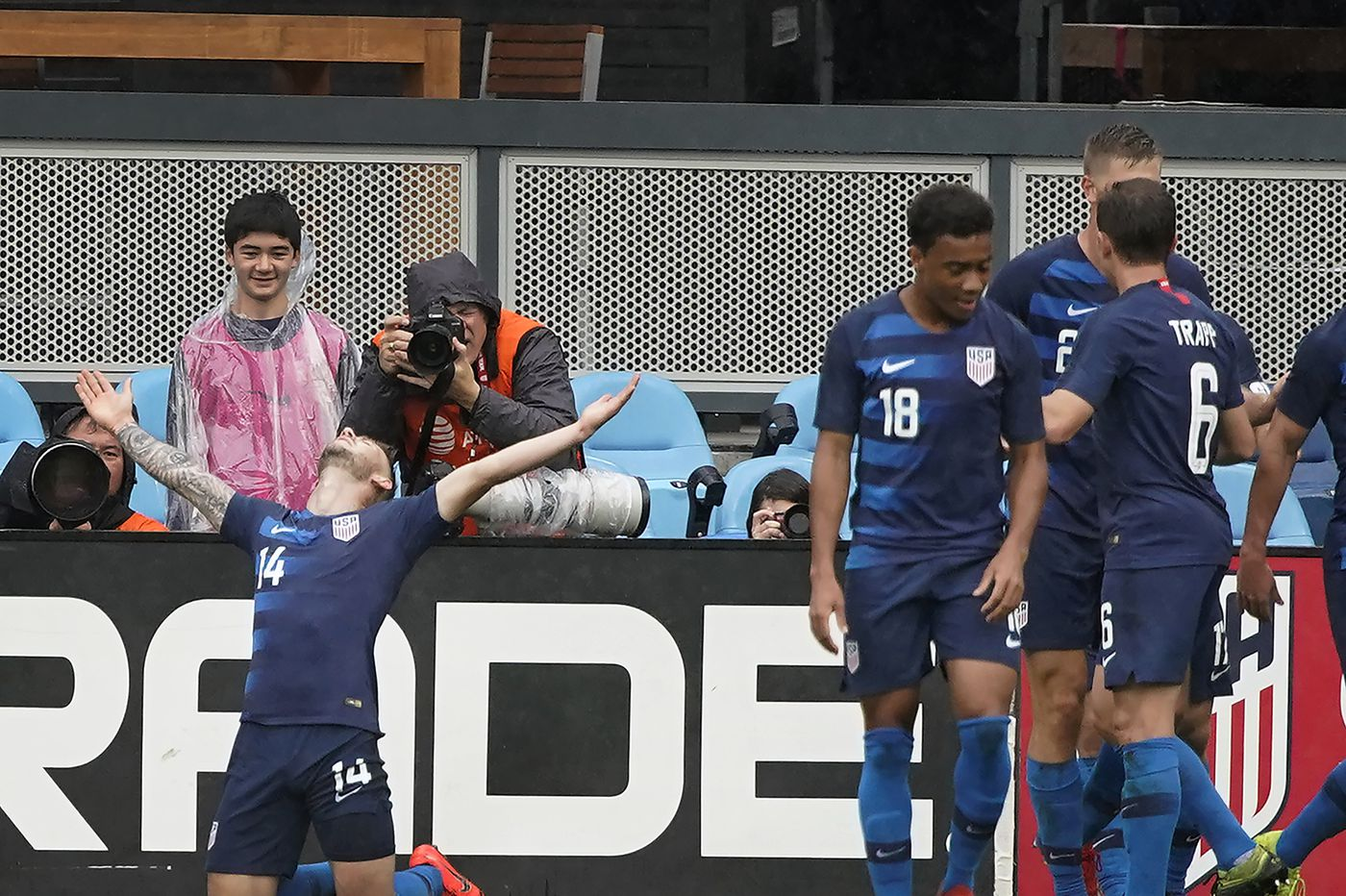 U.S. men's soccer team beats Costa Rica 2-0 for Gregg Berhalter's second straight win as coach