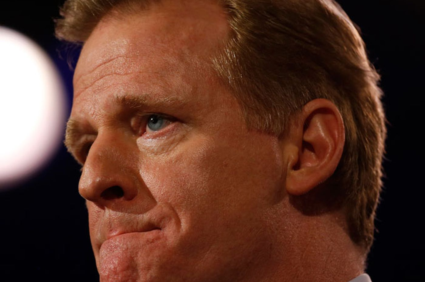 Deflate-gate and other problems haunting Goodell