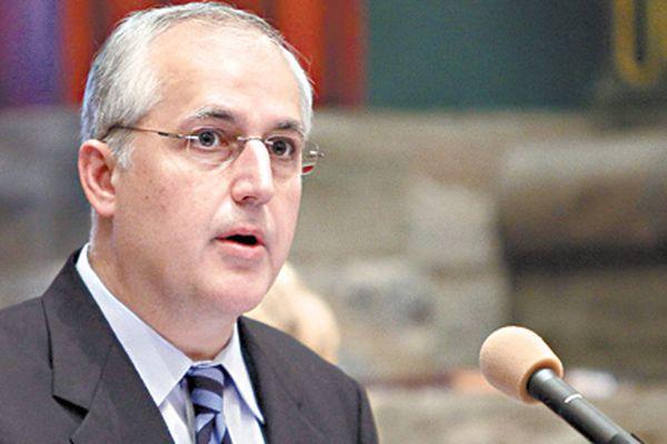 Election bill puts Pileggi in spotlight