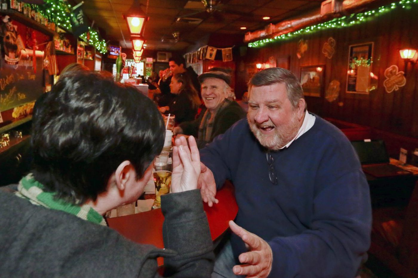 Why Oscar's Tavern is the best dive bar in Philly