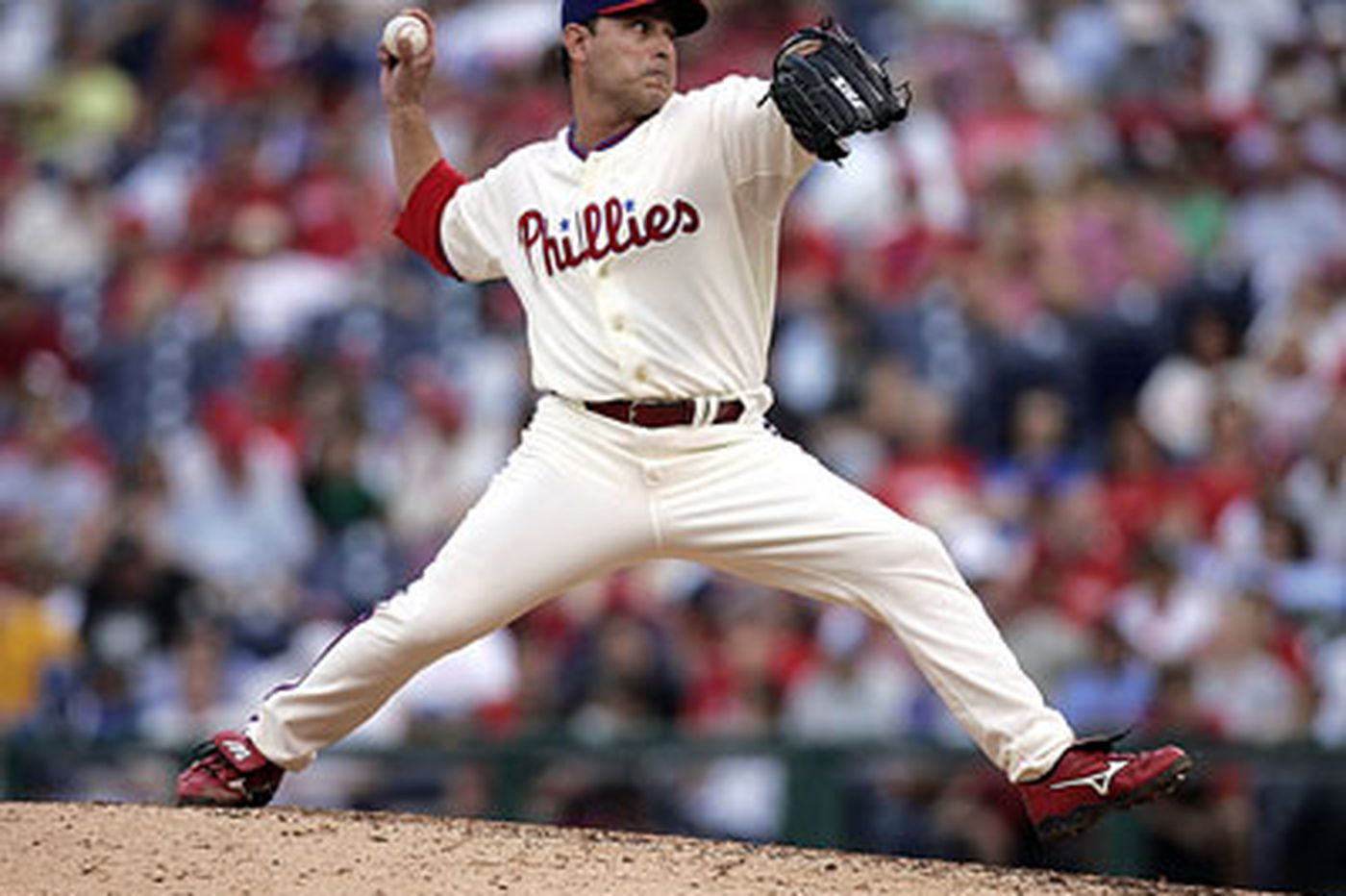 Phillies Notebook: Seanez could take Happ's place on Phillies' NLCS roster