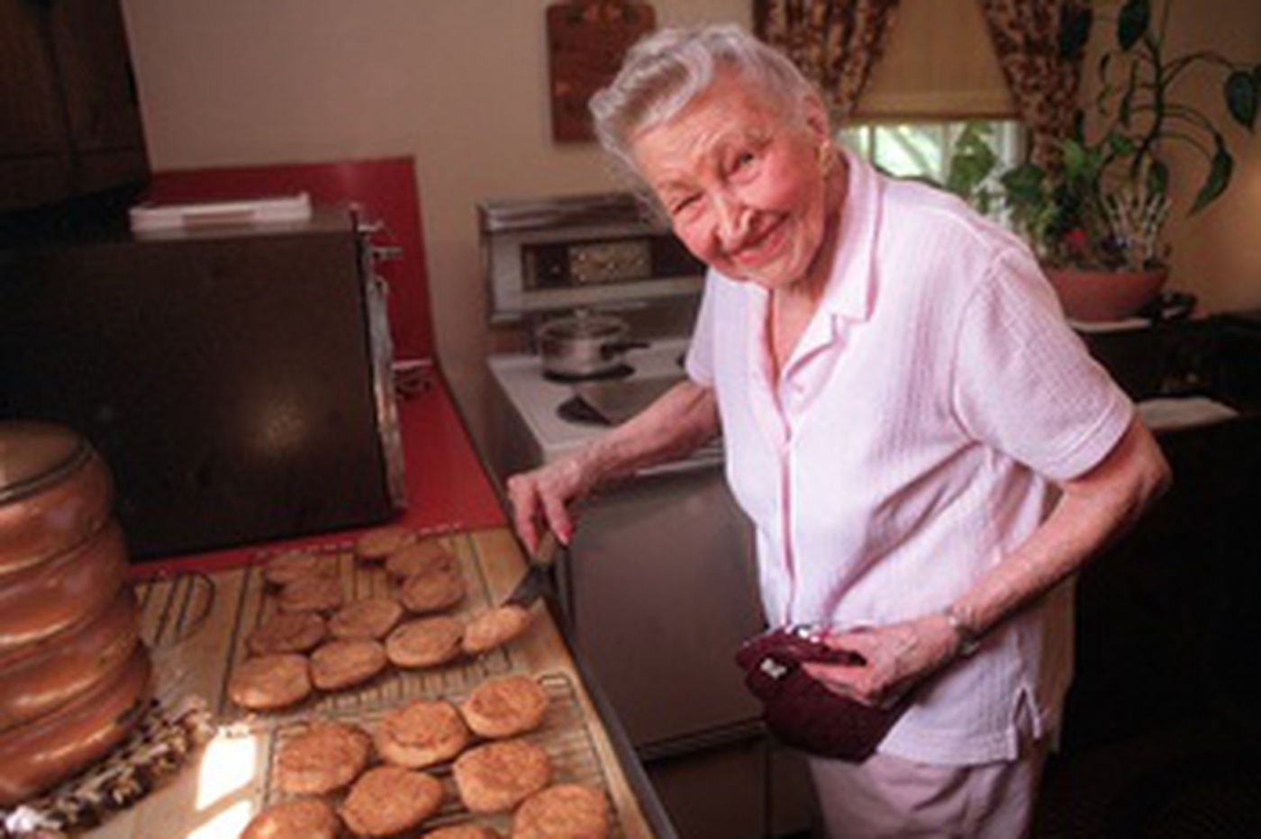 Phila. pioneer whet appetite for television cooking shows