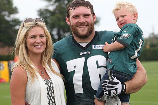 Eagles and their kids balance love of football and family