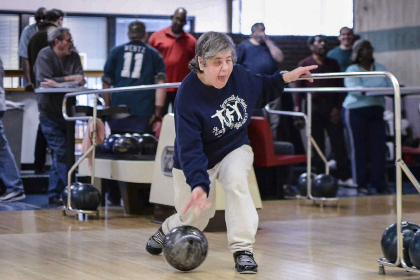 blind bowlers find their own lane in ne philly