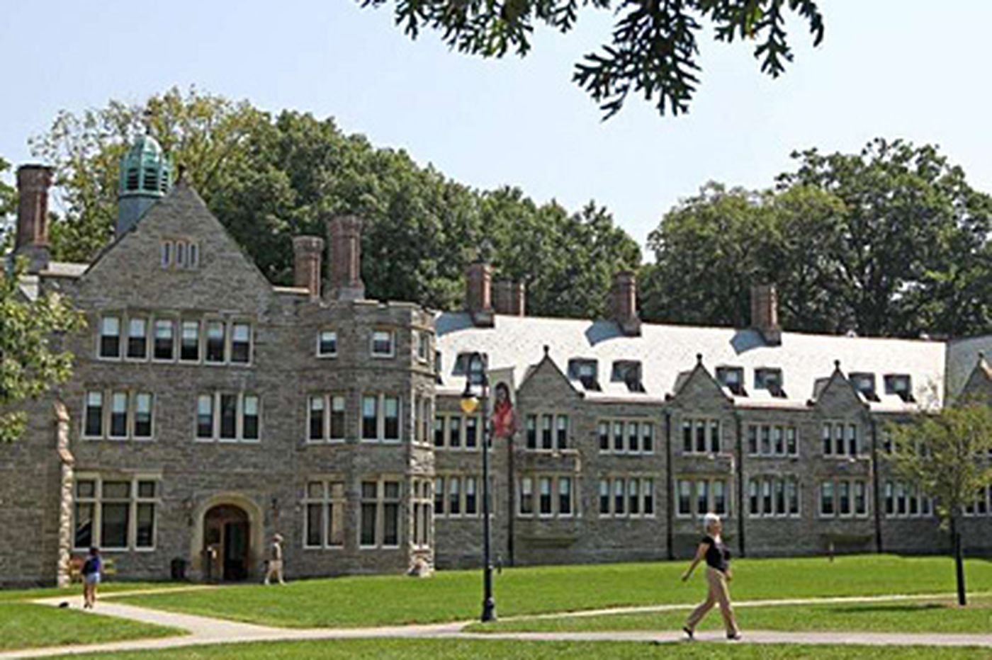 Swarthmore, Bryn Mawr named as top colleges for renewable energy use in U.S.