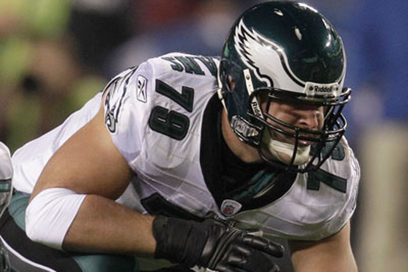Paul Domowitch: Eagles would be wise to consider offensive lineman in Round 1