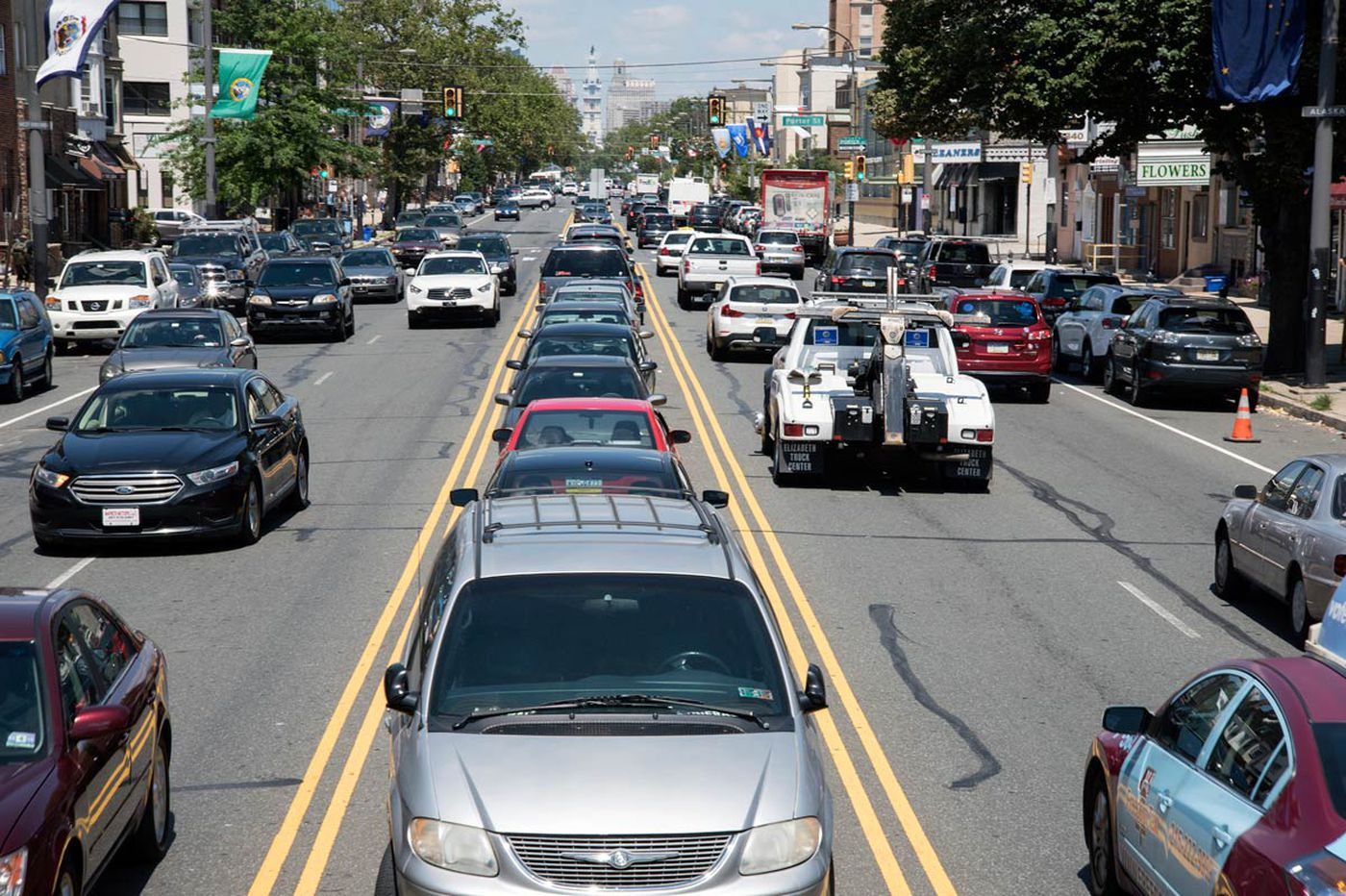 Will Philly finally get rid of the giant parking lot in the South Broad median?