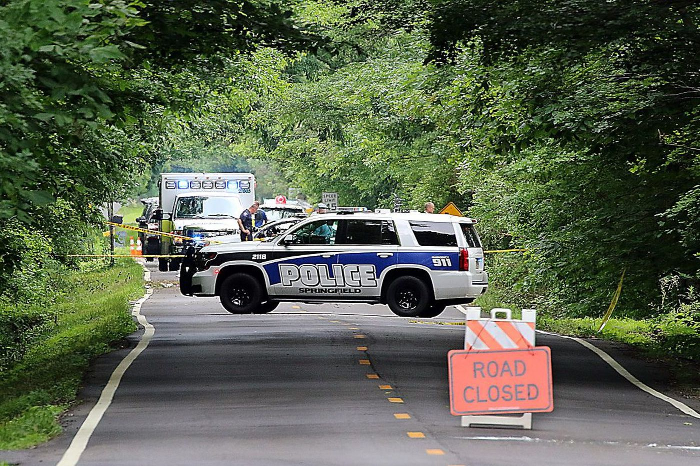 2 dead, plane 'disintegrated' in Burlington County crash