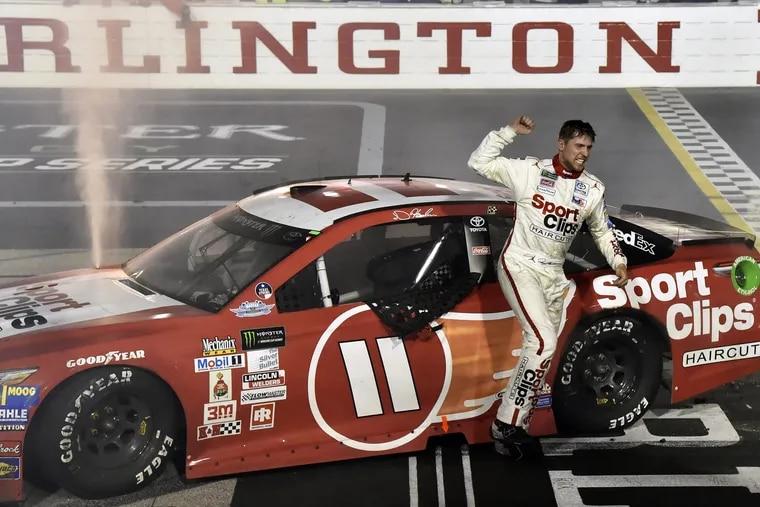 Monster Energy NASCAR Cup Series<br/> Bojangles' Southern 500<br/> Darlington Raceway, Darlington, SC USA<br/> Sunday 3 September 2017<br/> Denny Hamlin, Joe Gibbs Racing, Sport Clips Toyota Camry celebrates his win<br/> World Copyright: Nigel Kinrade<br/> LAT Images