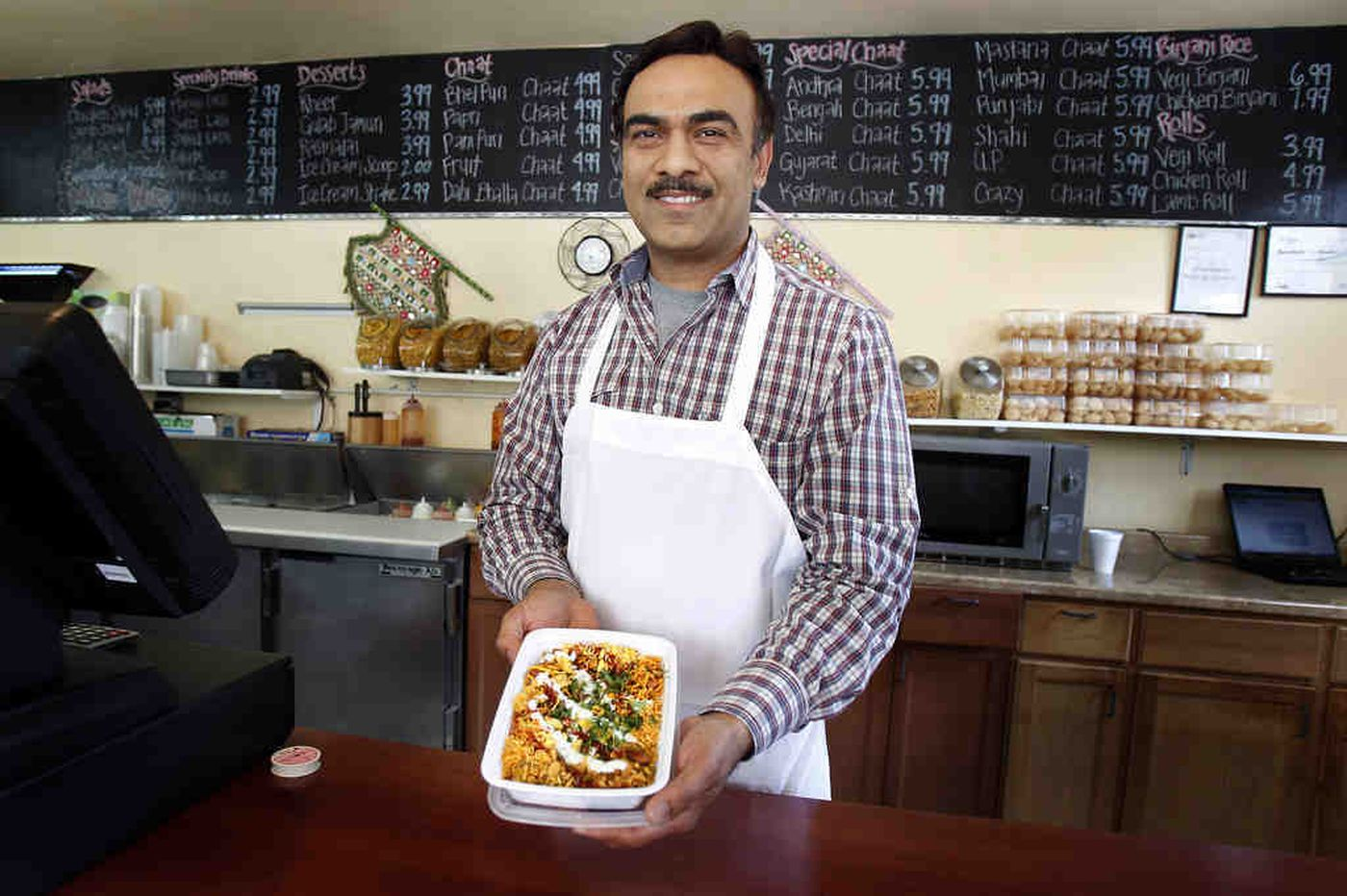 Philadelphia's Desi Chaat House in University City provides perfect mix of Indian and Pakistani cuisine
