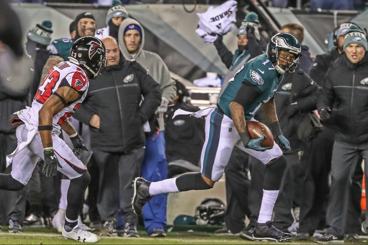 Alshon Jeffery and Nick Foles have perfect chemistry in playoff win over Falcons