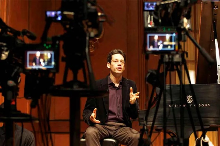 Jonathan Biss, a Curtis Institute faculty member, taught a free online course on Beethoven's piano sonatas last fall. An encore presentation begins Thursday.