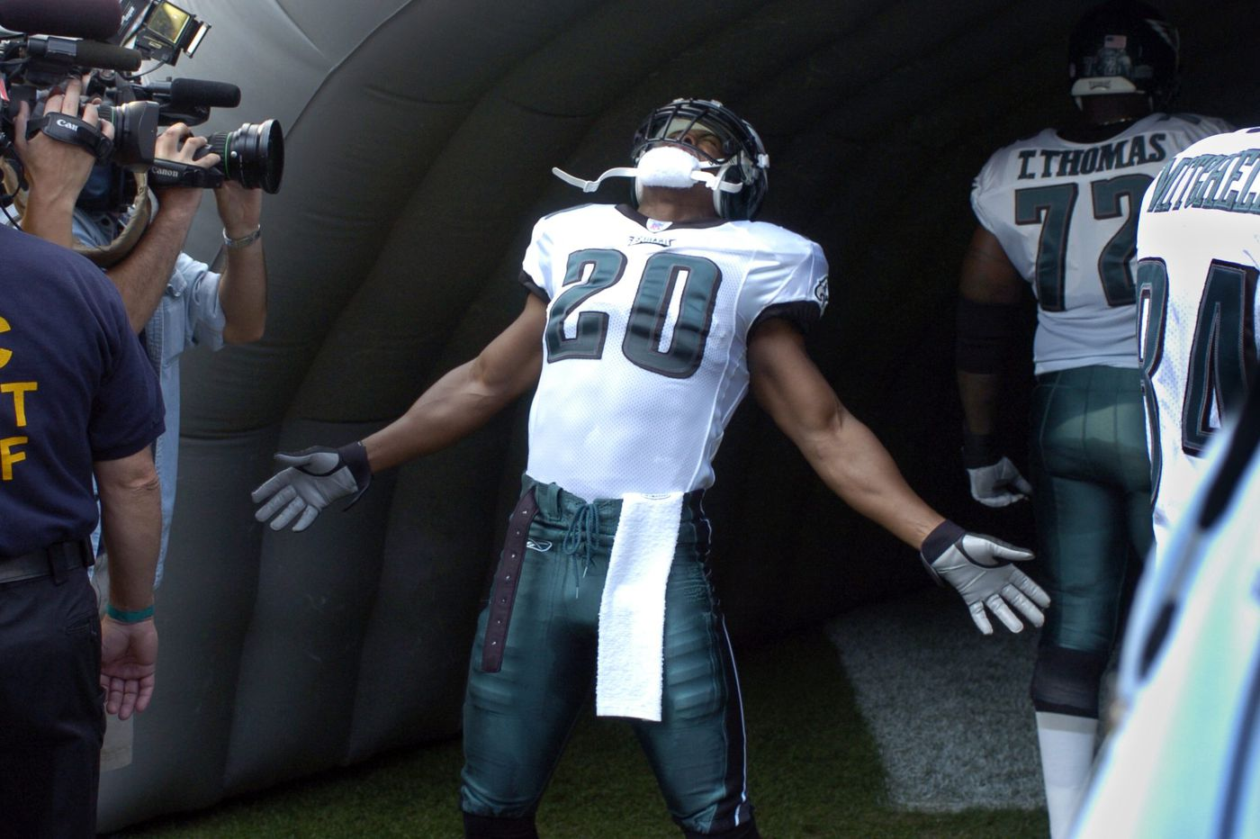 Real-life 'Weapon X' Brian Dawkins pays tribute to Stan Lee