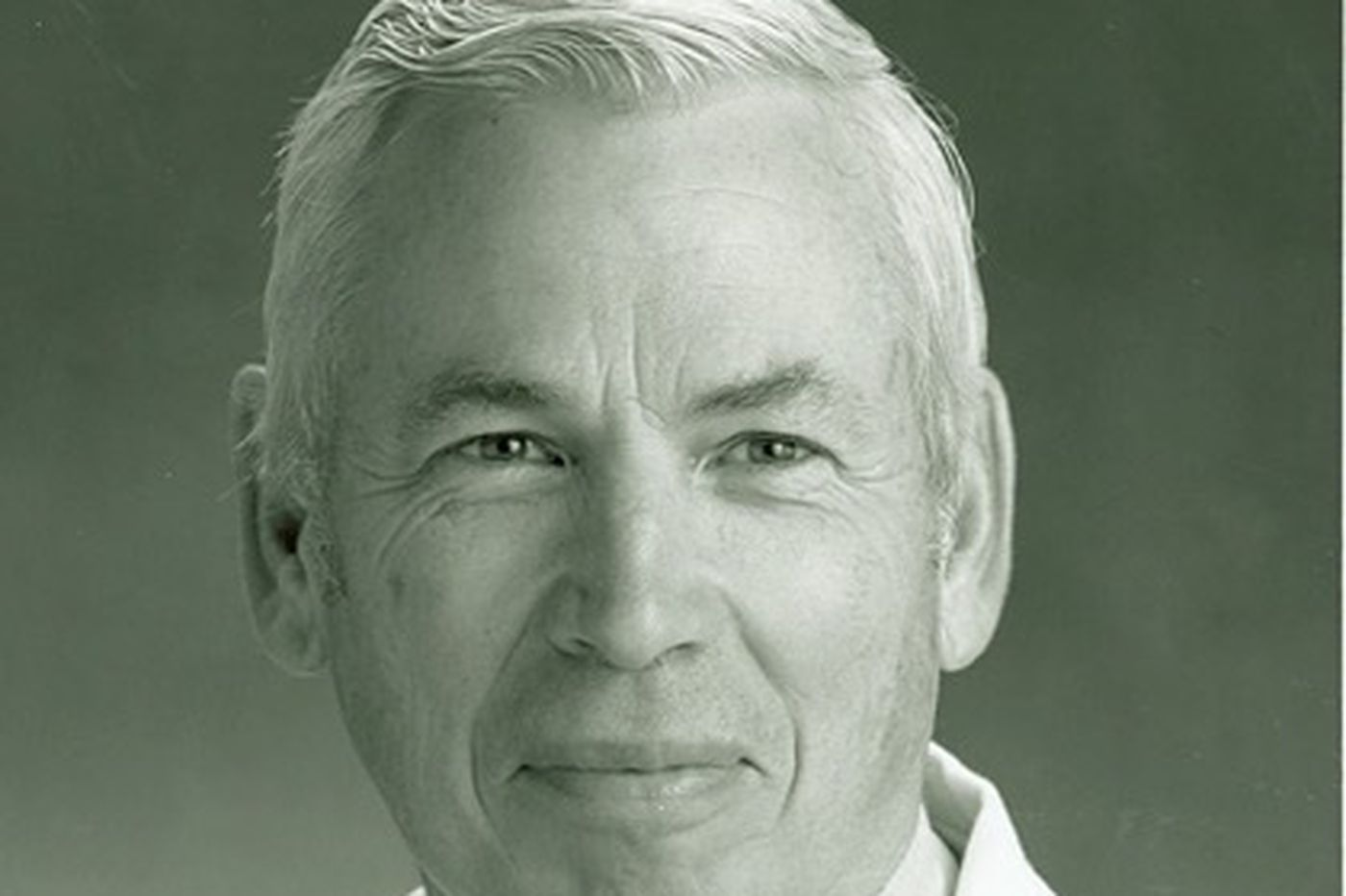 Denis S. Drummond, 84, noted spine surgeon and chief of orthopedics at CHOP