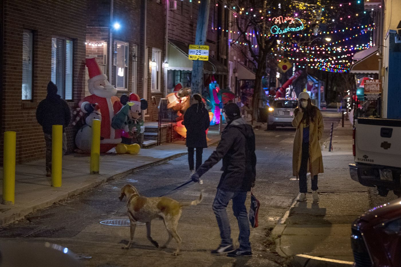 12 free Philly-area holiday light shows to check out this season