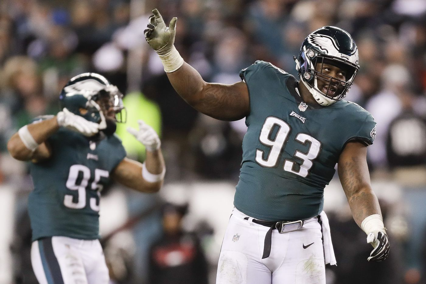 Golden Tate isn't the only high-profile addition to Eagles practices. Tim Jernigan is back, too | Early Birds