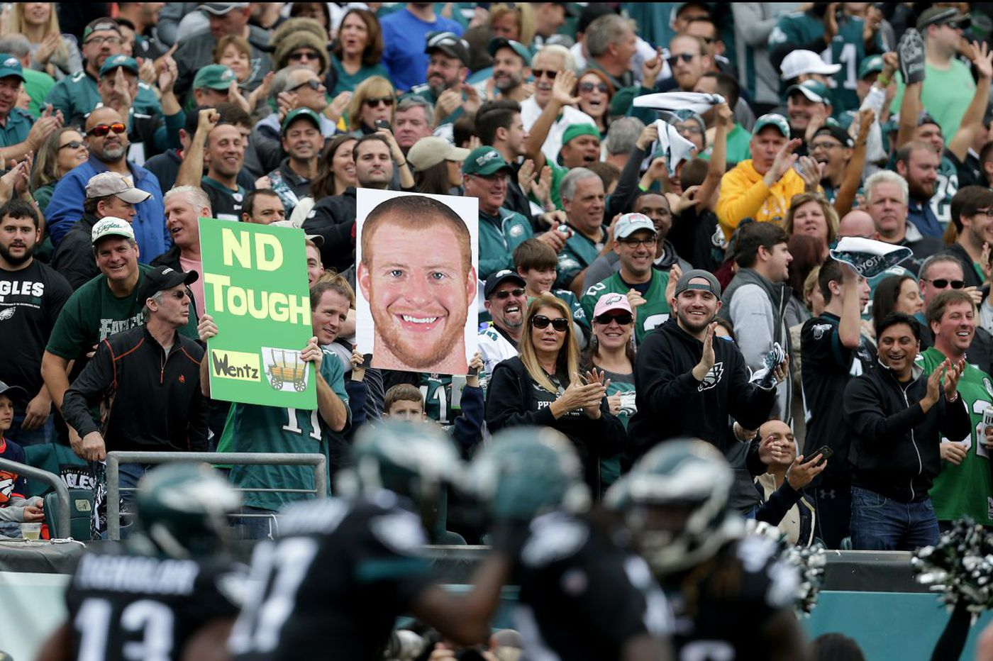 NFL says if Eagles go to the Super Bowl, fans can't watch the game at the Linc. Why not?   Ronnie Polaneczky