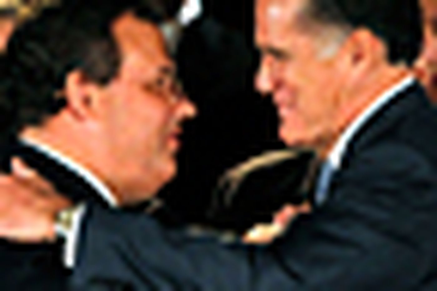 Romney tailors strategy to Gingrich surge