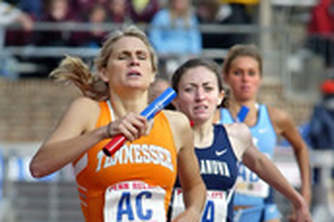 Vols outrun Wildcats . . . just barely