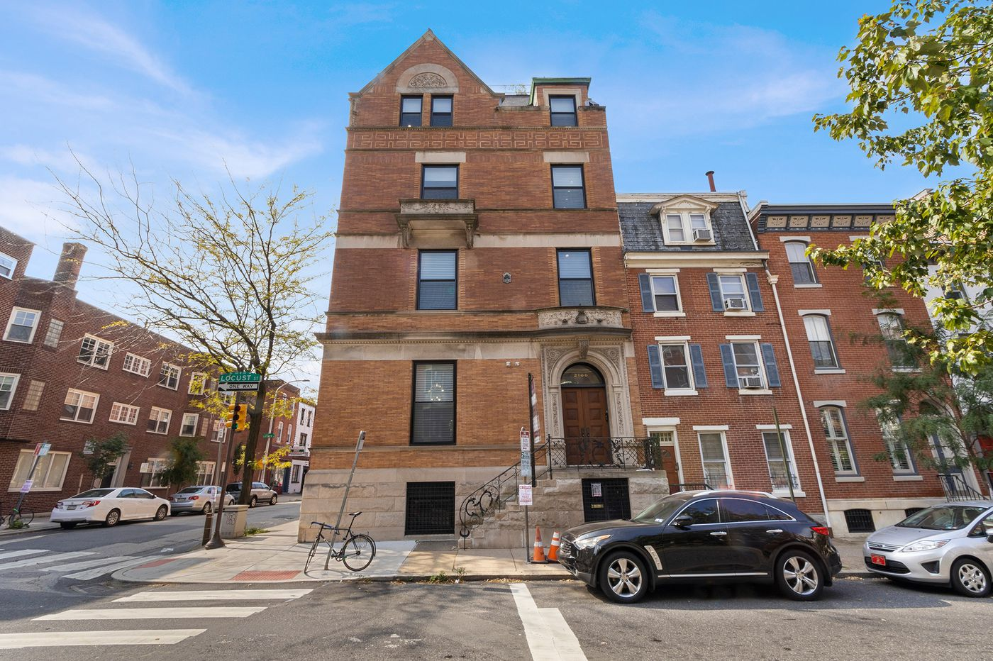 With Hahnemann closed, its owner, Joel Freedman, lists Rittenhouse home for $3.5M