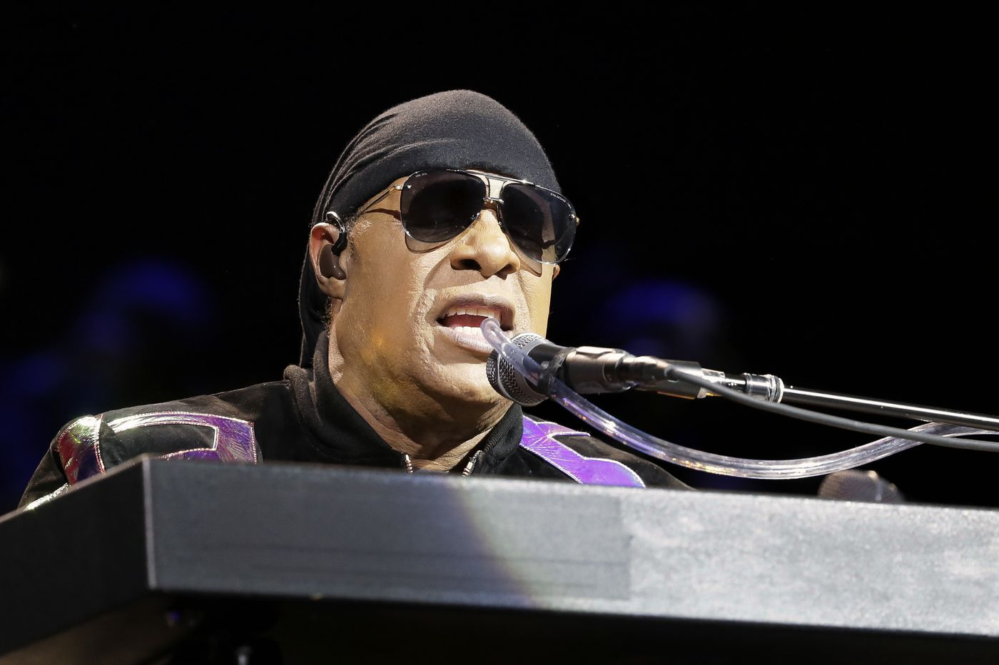 Stevie Wonder covers Billy Joel, pays tribute to John McCain at Atlantic City 'Song Party'