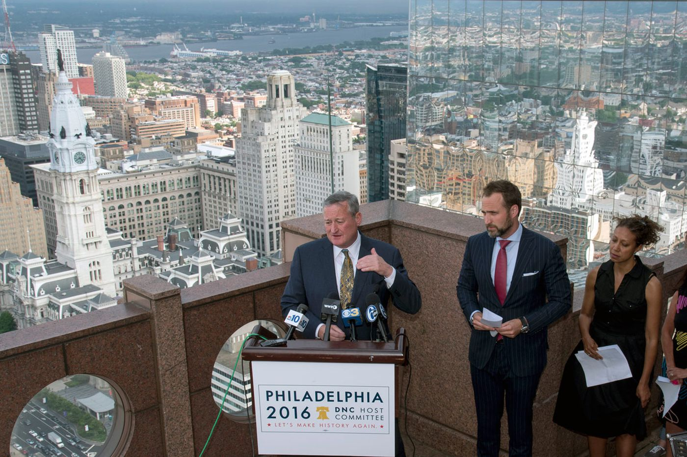 Kenney to Phila.: Stick around for the convention