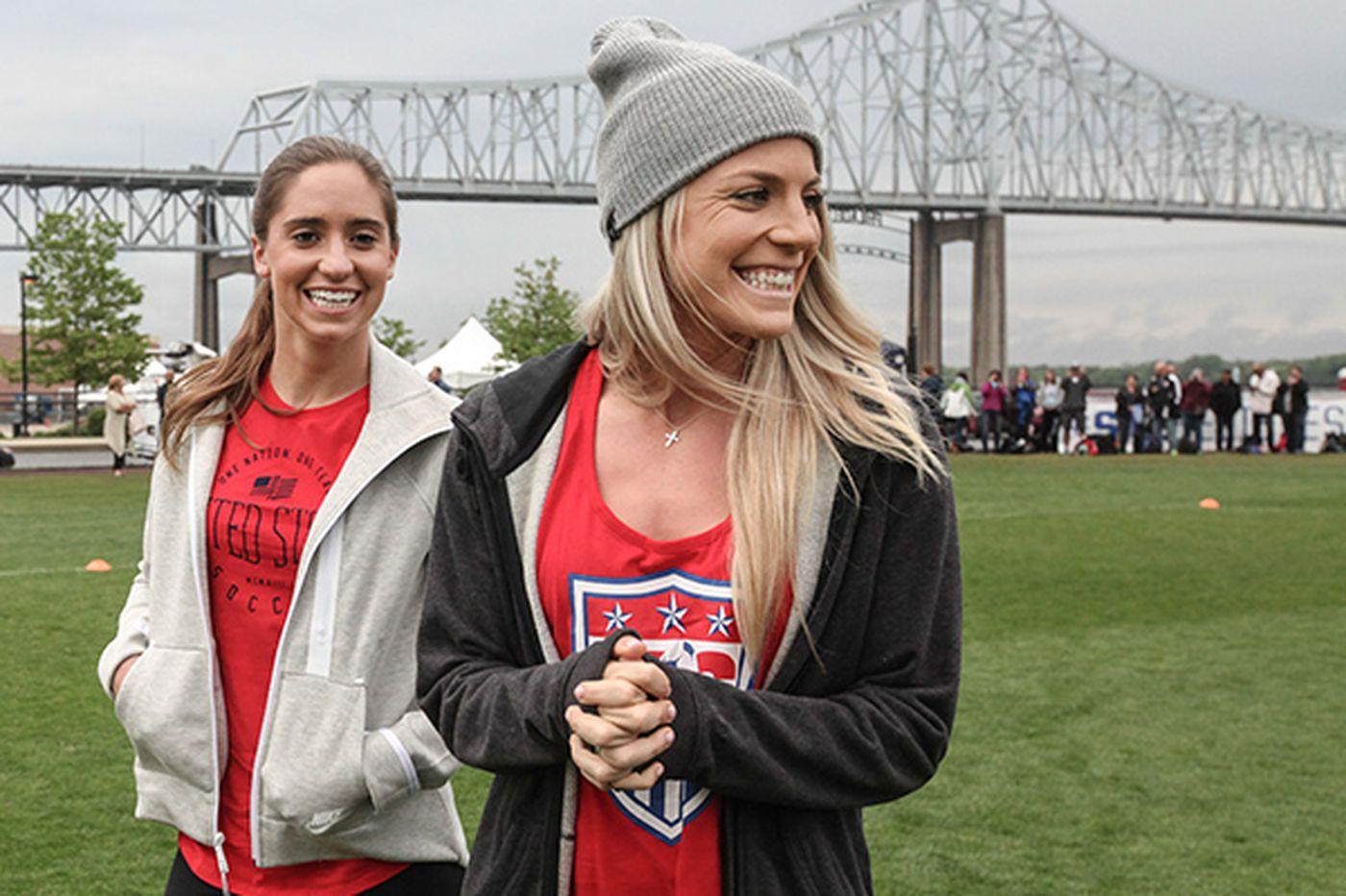 Julie Johnston steps into U.S. team's spotlight
