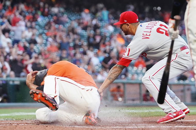 Vince Velasquez's costly two-out walk of pitcher tops list of mistakes and other observations from Phillies' 5-3 loss to the Giants