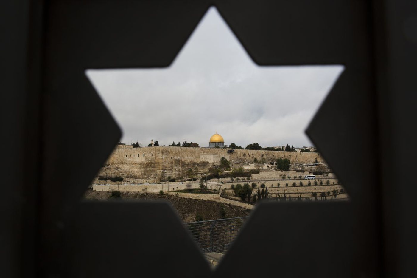 Quaker group among 20 banned from travel to Israel