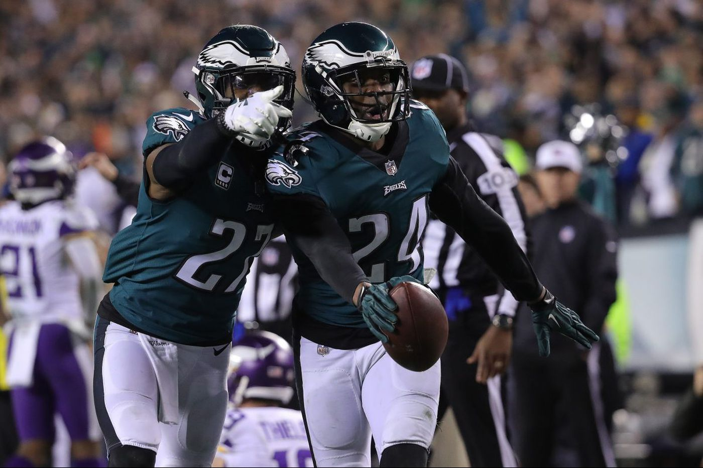 Super Bowl 2018: Eagles-Patriots point spread, kickoff time, TV channel, streaming options, referee info, etc.