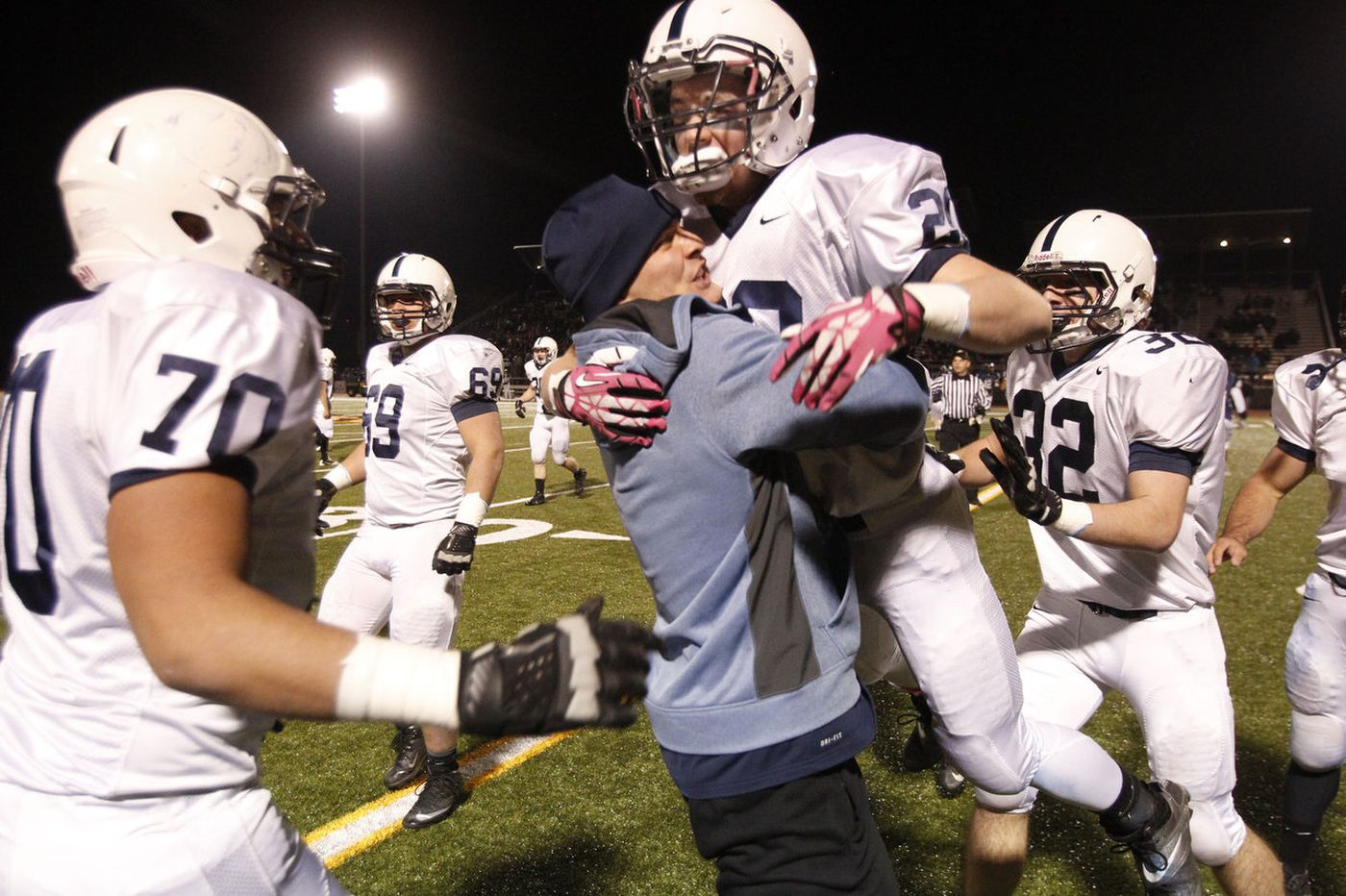 Shawnee's upset closes championship day in style
