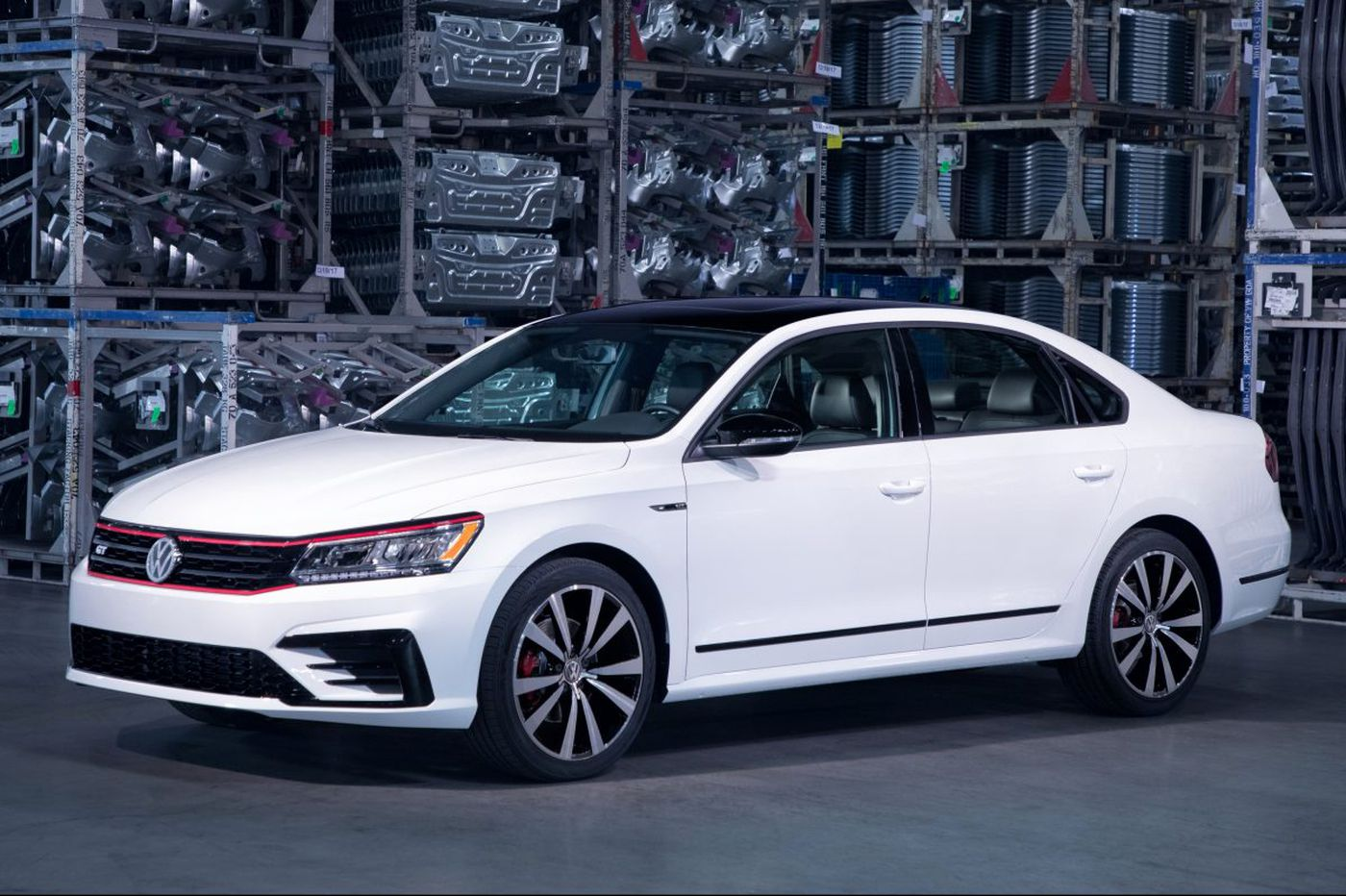 Volkswagen offers a roomy 2018 Passat GT that's fun to play with